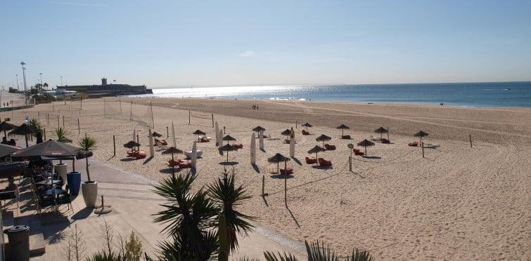Praia de Carcavelos_Aribnb